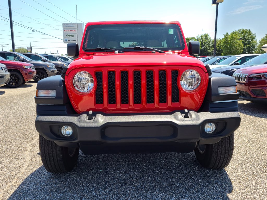 Pre-Owned 2020 Jeep Wrangler Unlimited Sport S
